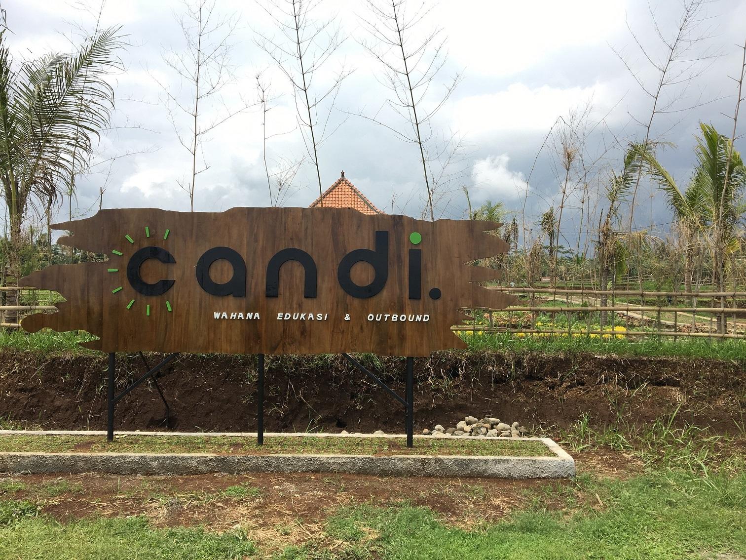 Wahana Edukasi dan Outbond Candi Desa Karangkemiri