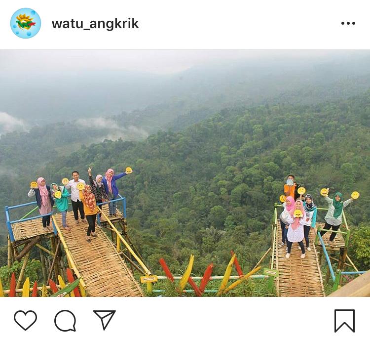 Wisata Watu Angkrik Temanggung