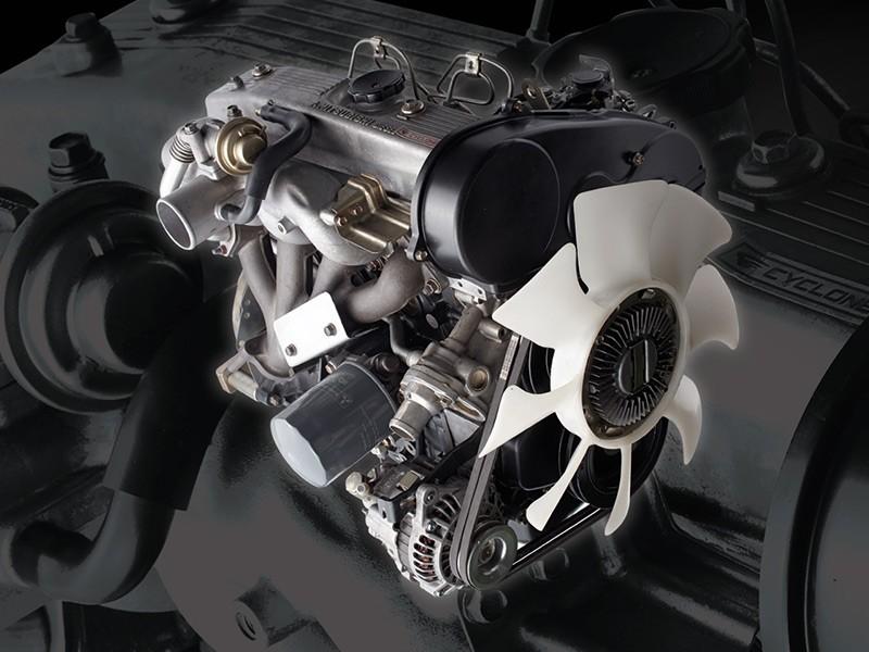 Mesin Diesel legendaris 4D56 Cylcone 2500cc yang sudah teruji